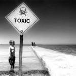 toxic boy_320